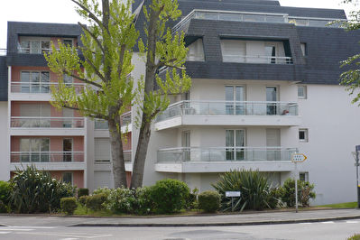 EXCLUSIVITE APPARTEMENT A VENDRE T3 DE 74.60M2 BALCON PARKING BREST ISEN