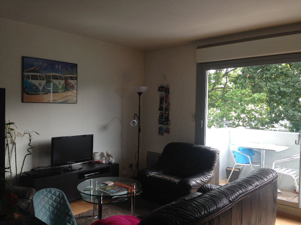 A VENDRE APPARTEMENT DE 4 PIECES DE 62M2 PARKING PRIVATIF BREST