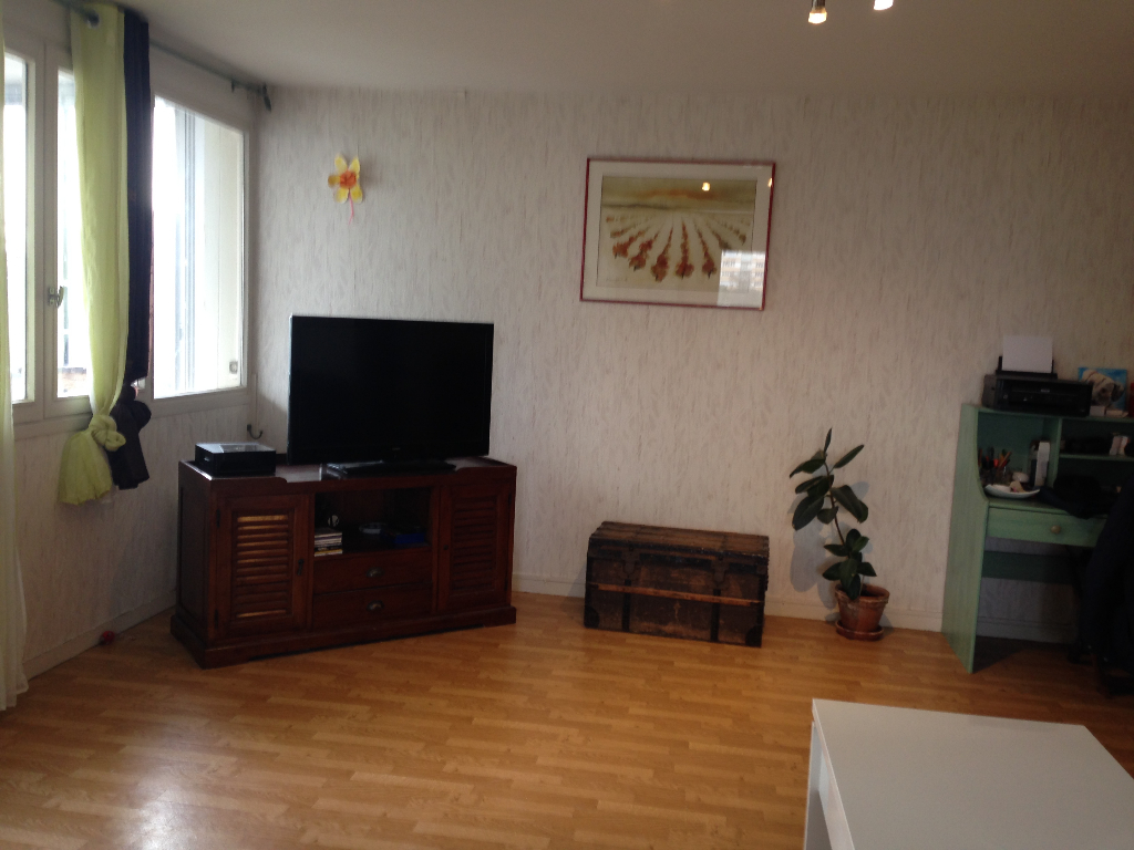 EXCLUSIVITE IDEAL INVESTISSEUR APPARTEMENT 5 PIECES DE 94M2 PARKING BREST
